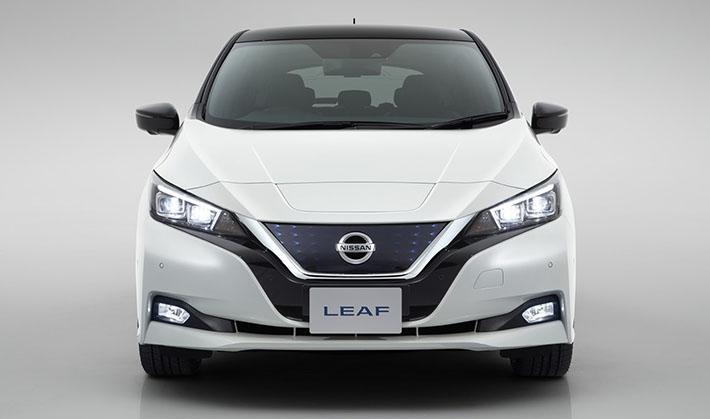 Bir neçə ay davam edən yorucu intizardan sonra Yaponiyanın avtomobil istehsalı nəhəngi Nissan Motor Company rəsmi olaraq yeni nəsil Nissan Leaf-i təqdim etdi. Elektrik güc qurğusu olan bu məşhur avtomobilin dünya üzrə təqdimatı Frankfurt-2017 avtosalonunda olacaq.