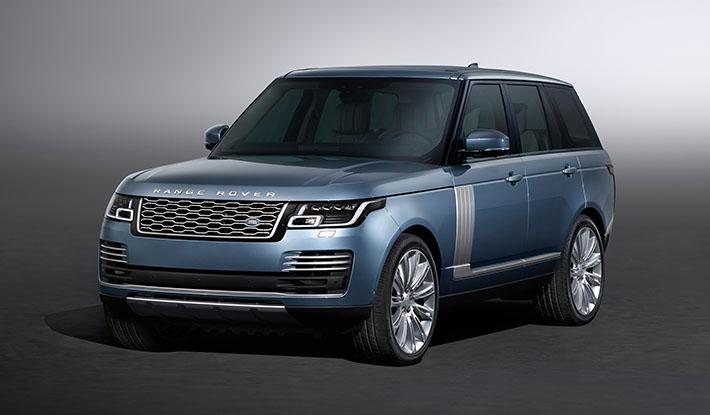 Britaniya avtomobil istehsalçısı Land Rover təkmilləşdirilmiş yolsuzluq avtomobili Range Rover 2018 modelini rəsmi olaraq təqdim edib. Restaylinq edilmiş avtomobilin dizaynı bir qədər dəyişilib, o, hibrid modifikasiya və 565-güclü mühərrik alıb.